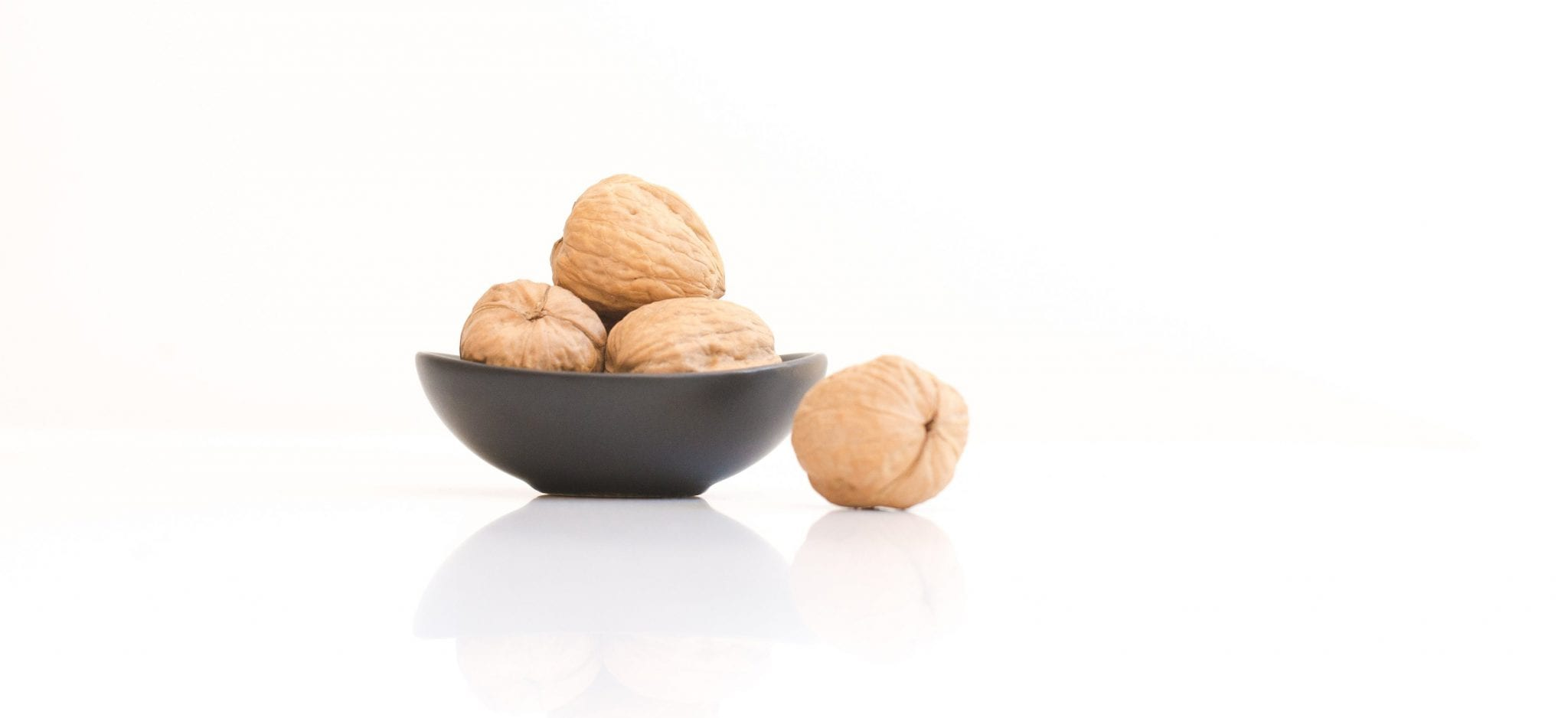 Quick healthy snack - walnuts