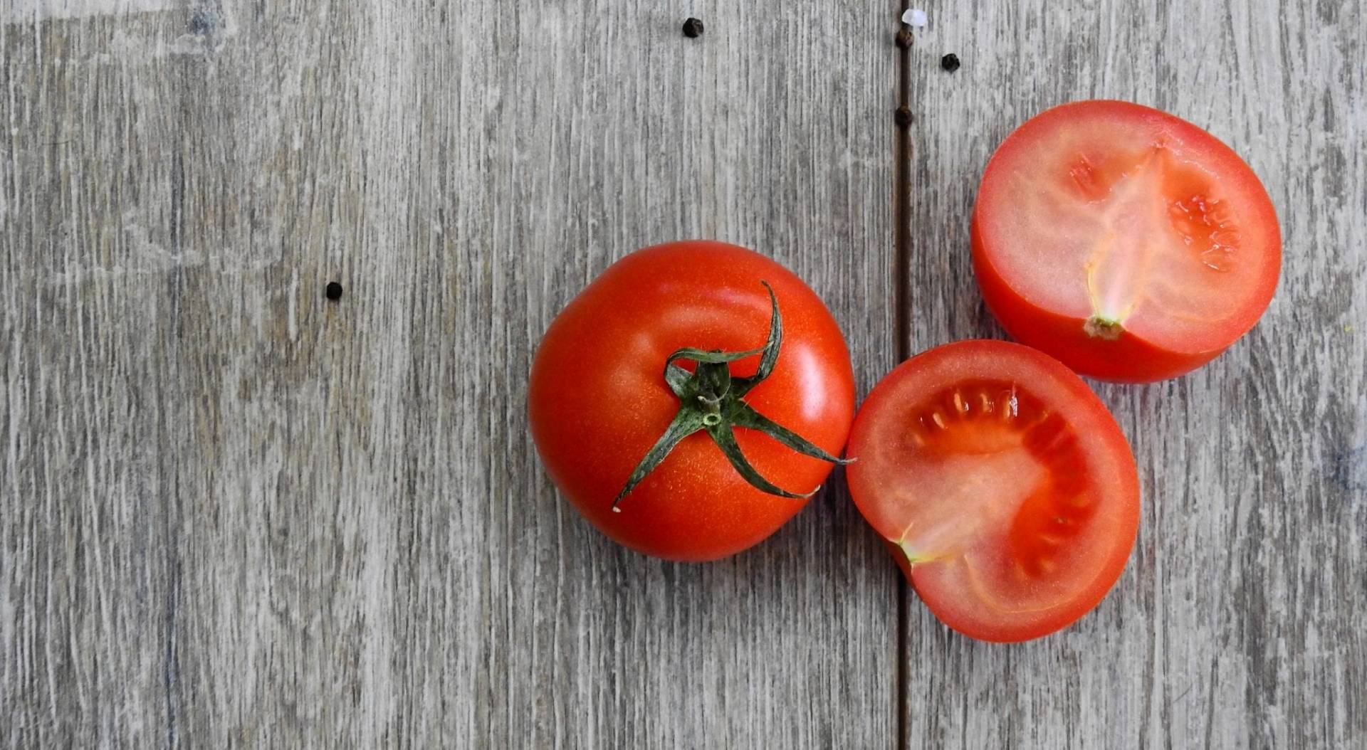 Tomatoes make great healthy snacks