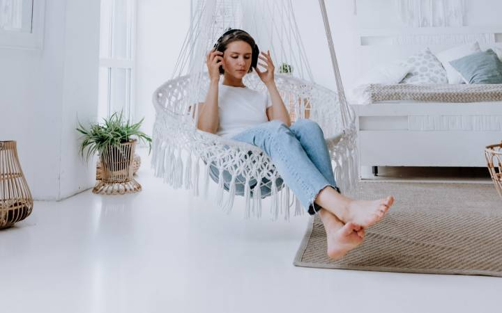 10 Must Listen to Productivity Podcasts