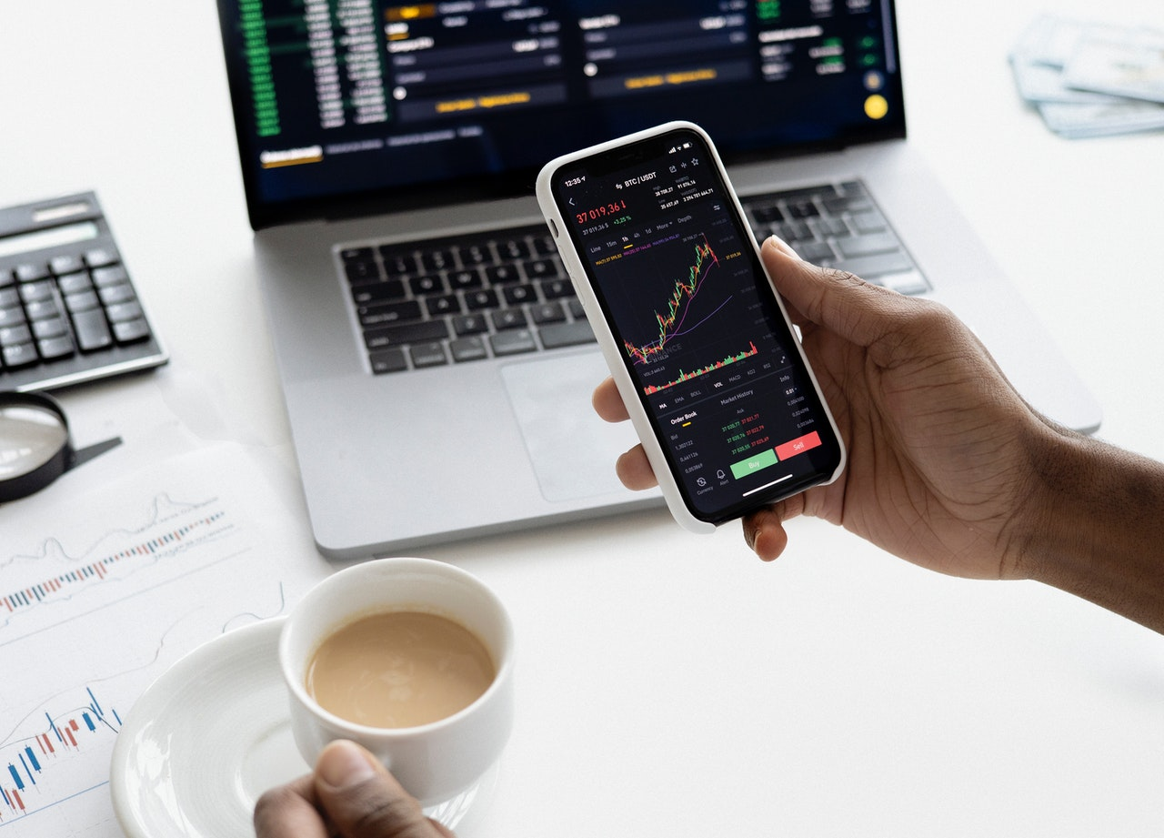 Using Your Calendar to Invest Better